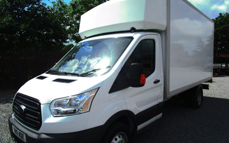 Ford Transit 350 Luton Van with 500kg Tail Lift