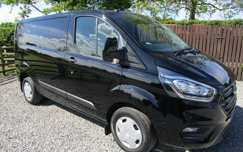 Ford Transit 280 2018 2.0 TDCi 105 ps Euro 6 Custom Trend in Shadow Black – manufacturers Warranty to May 2021