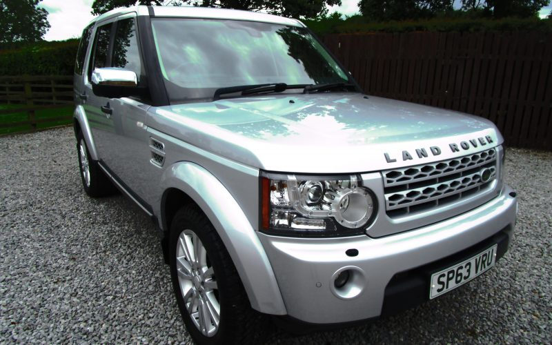 Land Rover Discovery SDV6 Auto 255 Commercial Auto in Silver