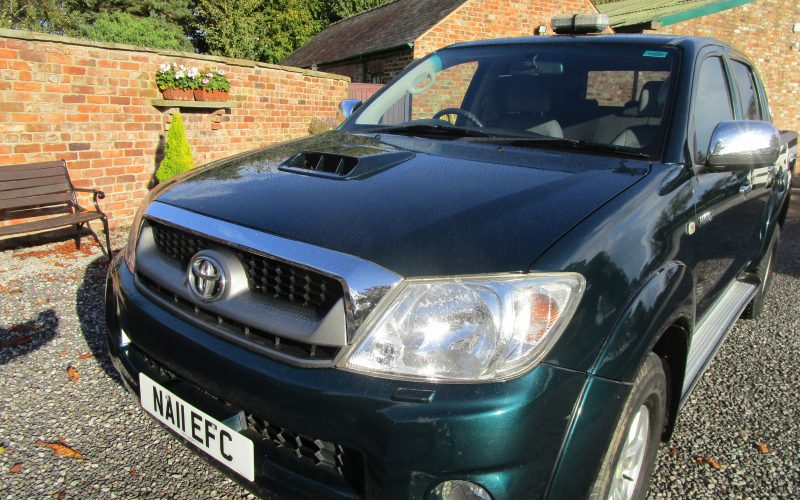 Toyota HiLux HL3 D4-D 4×4 Double Cab Pick Up in Metallic Green